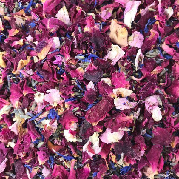 Enchanted-Forest-Biodegradable-Wedding-Confetti_closeup
