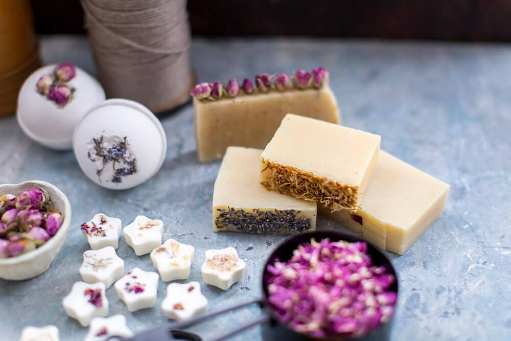 Marigold-Petals-in-bath-bombs-and-soap